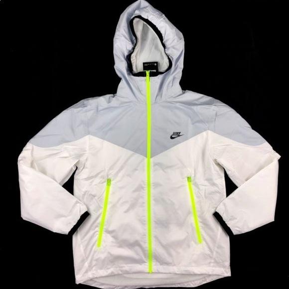 28b8b19510e66 Nike Windrunner hooded track jacket white volt. M_5c4a49fe2beb79869d839f0b